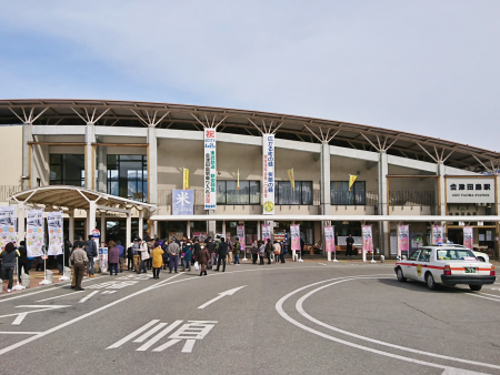 会津田島駅 売店やまなみ 写真