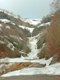 六十里越雪わり街道