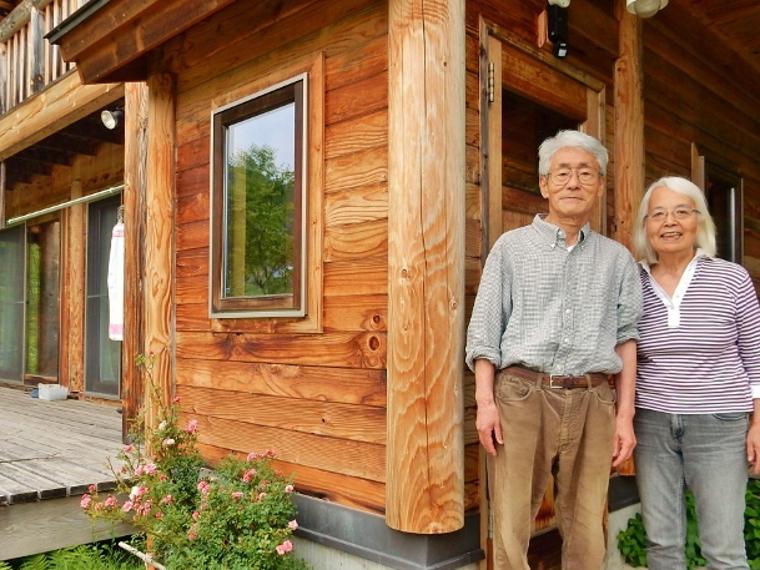 岡村さんご夫妻さん写真